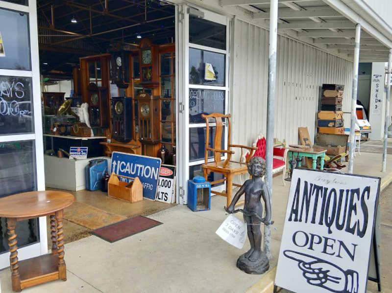 123 Retro Antiques Market Geelong