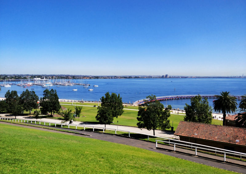 Picture of Corio Bay from Eastern Beach Geelong.