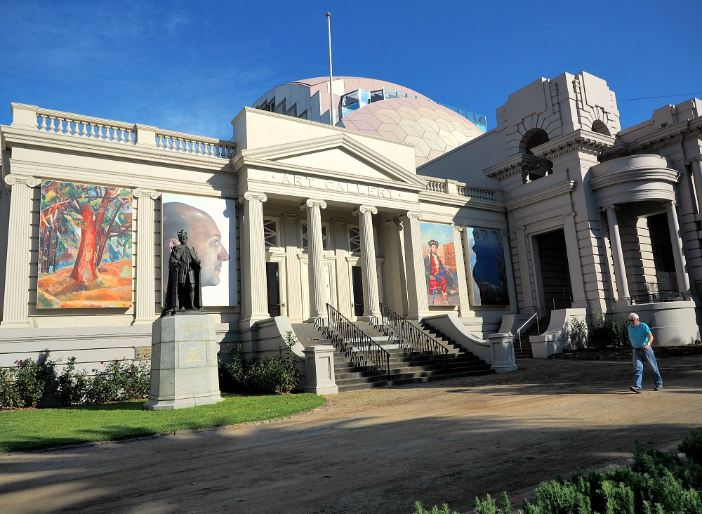 Geelong Art Gallery with man walking by.