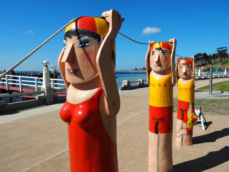 Photo of the Lifesaver Geelong Bollards near the Eastern Beach promenade.