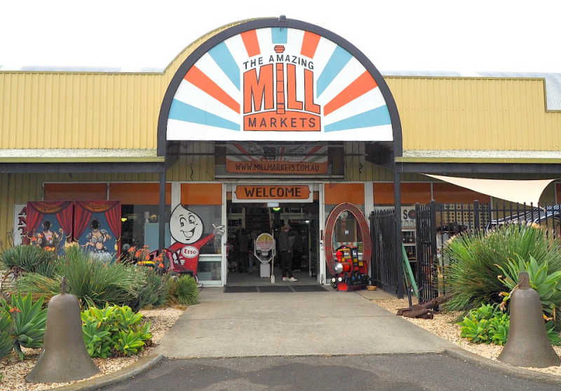 Entrance to the Mill Markets Geelong.