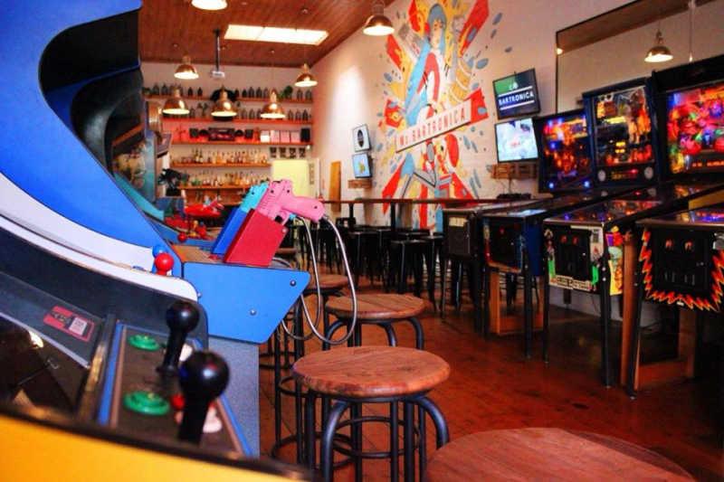 Ms Bartronica arcade bar