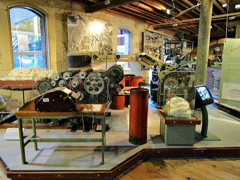 Geelong museum machinery display