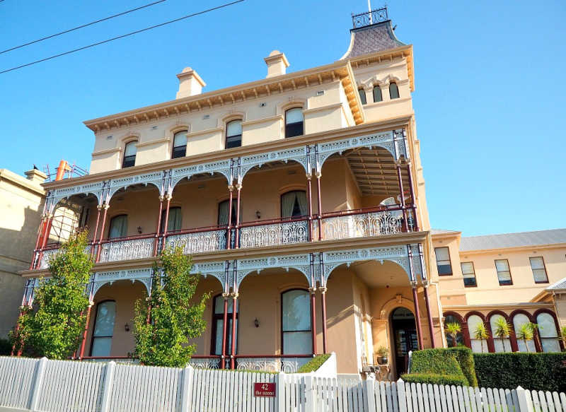 Ozone Guesthouse beautiful old Bed and Breakfast style Queenscliff Accommodation.
