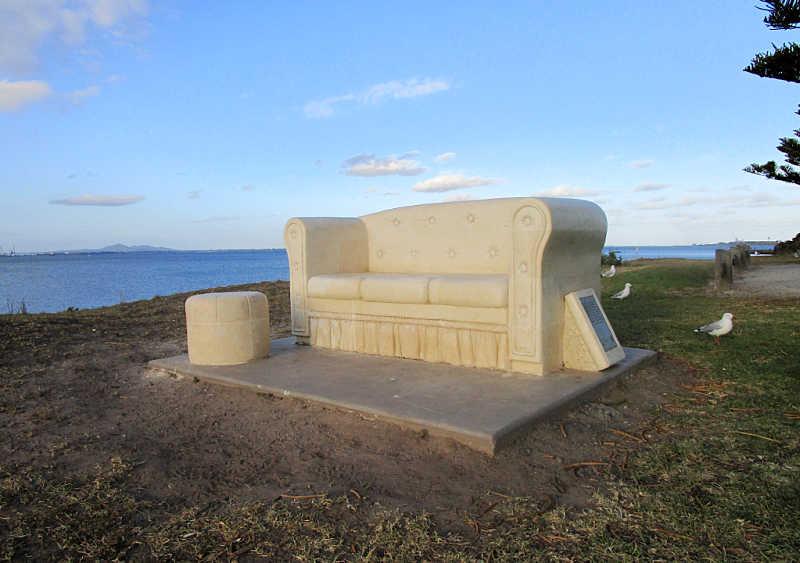 Geelong Art - the Reflection Seat