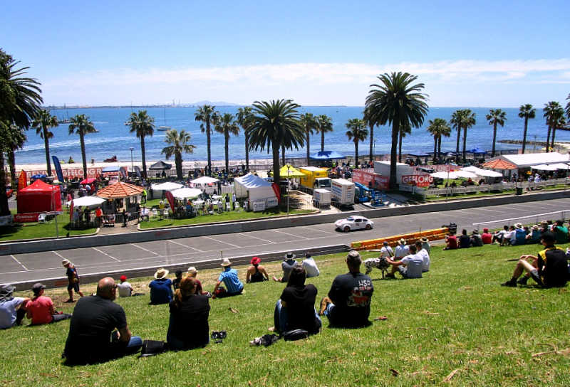 Spectators at Geelong Revival a great Geelong event for families.