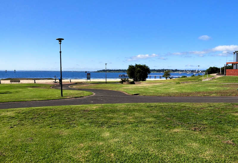 Photo of Rippleside Reserve, Rippleside Beach, and Ripples Cafe in Geelong.