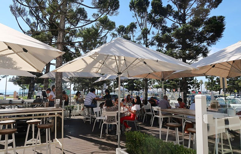 Alfresco dining at Sailors Rest Geelong Waterfront cafe.