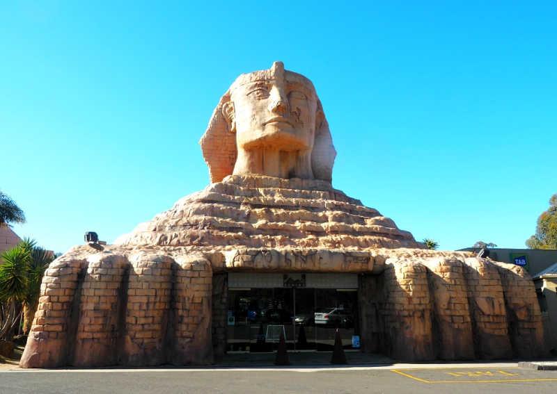 Photo of the Sphinx - not your average Australian pub.