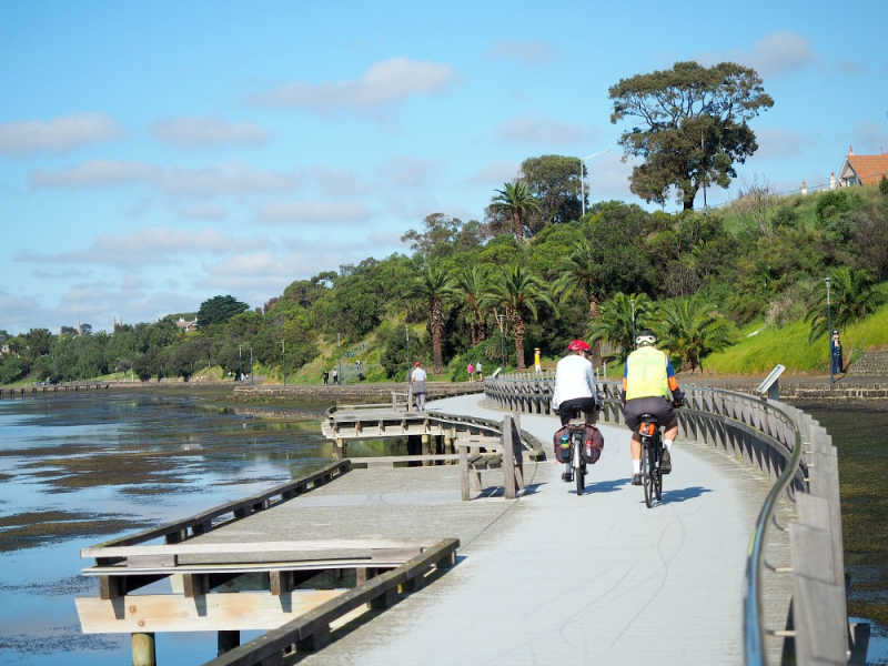 Cycling is one of the free things to do in Geelong.